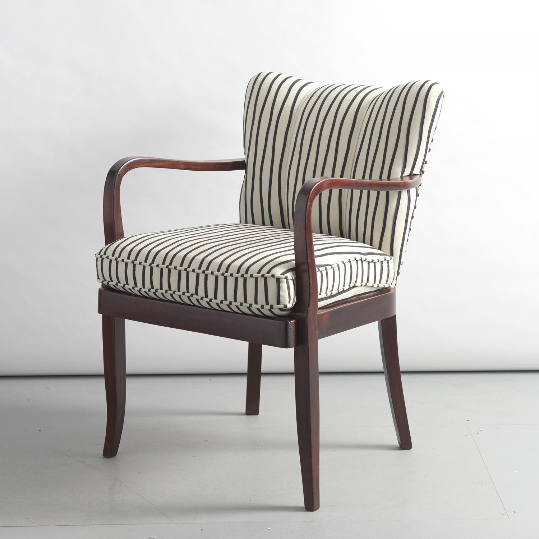 Beautiful small italian armchair