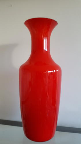 Venini red vase