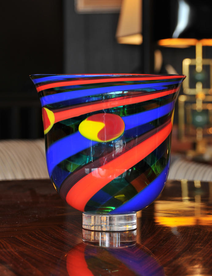 Harlequin glass vase