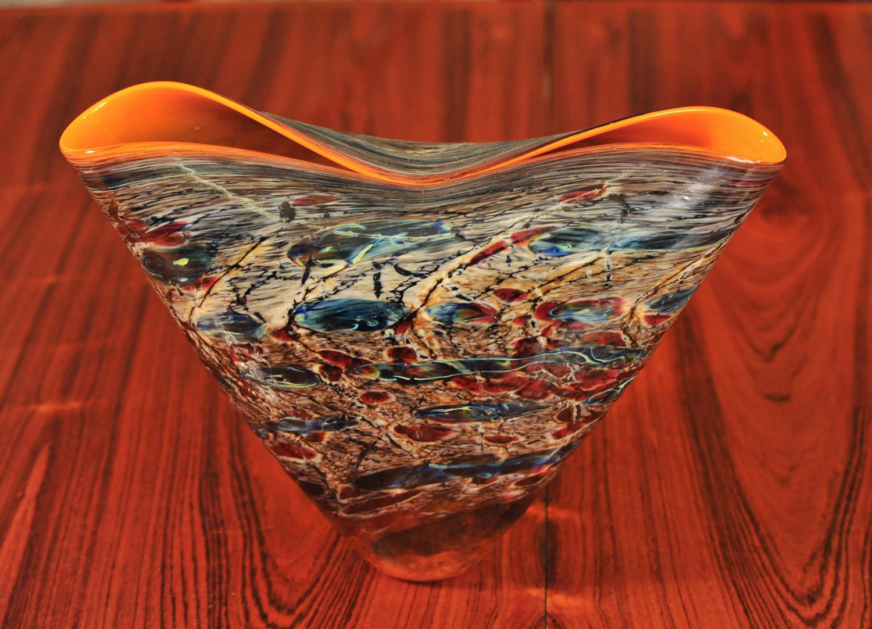 Glass vase by Fulvio Bianconi